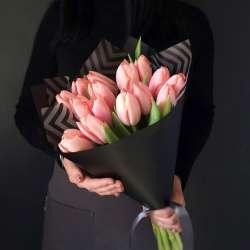 Букет из 17 тюльпанов № 44