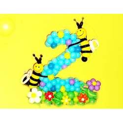 Цифра на полянке с пчелками