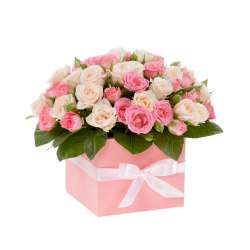 Композиция цветов в коробочке № 6