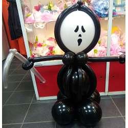 Фигура с косой на Хэллоуин