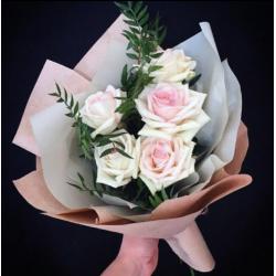 Букет из 5 роз № 2